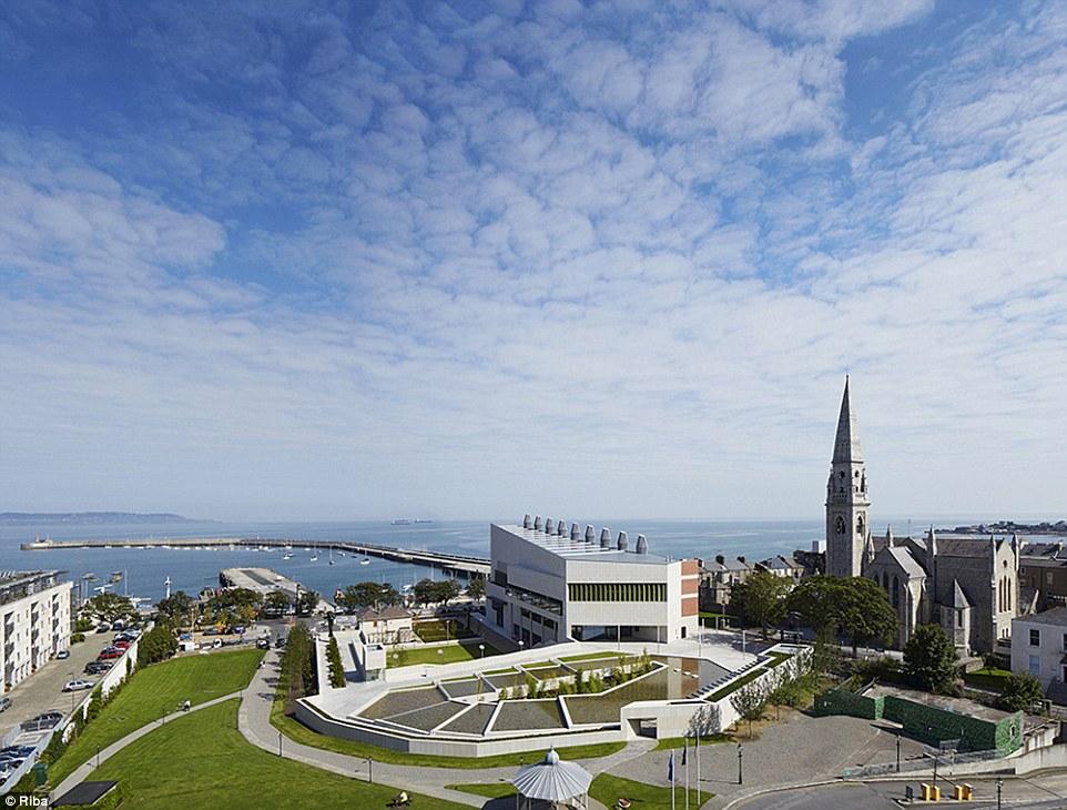 Ngắm nhìn 30 công trình đẹp nhất thế giới, trong đó có nhà trẻ xanh tại Việt Nam - Ảnh 11.