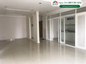 Bán căn hộ chung cư cao cấp Riverpark Residence 135m2 Nội thất nội thất đầy đủ, lầu cao tại Phường Tân Phong, Phú Mỹ Hưng , Quận 7.