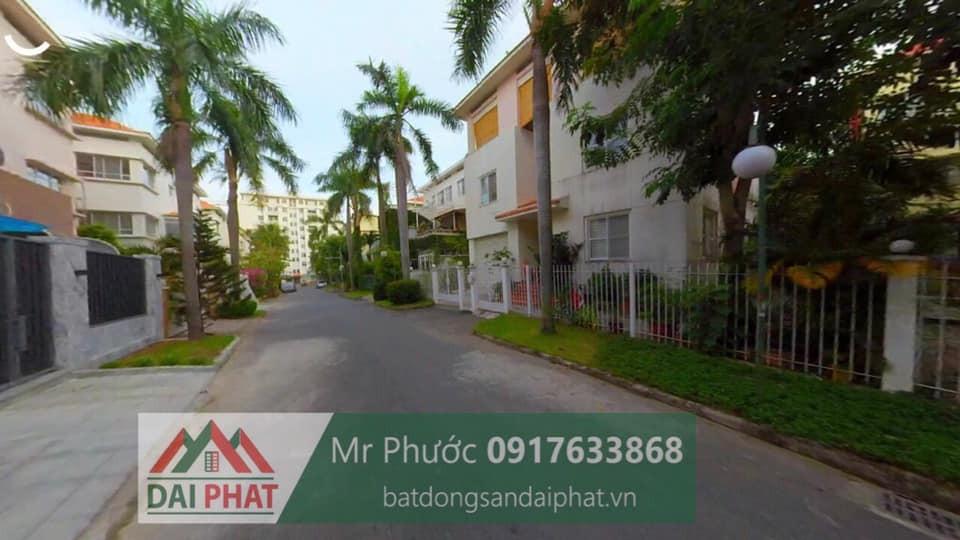 Ban Biet Thu Don Lap Khu Canh Doi Phu My Hung Quan 7 385 Ty