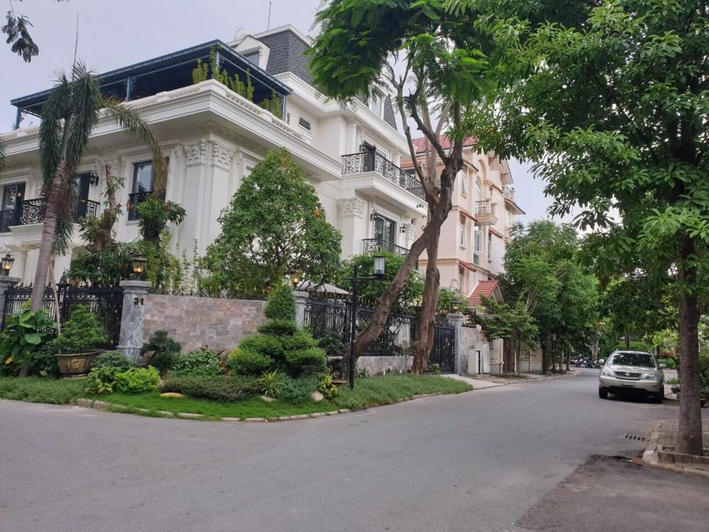 Duy Nhat 1 Can Goc Biet Thu Phu My Hung