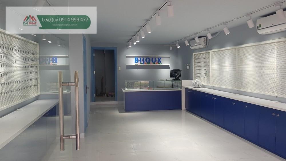 Can Cho Thue Shop Hung Vuong 1 Phu My Hung Quan 7. 140m2. Lh : 0914999477 ( Mr Quý )