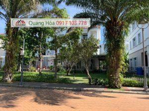 Ban Biet Thu Vip Chateau Phu My Hung Quan 7