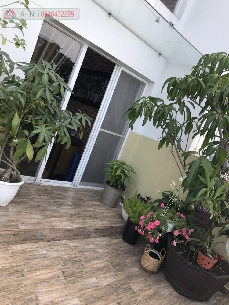 Ban Nhanh Can Ho Penthouse Sky Garden 3 Quan 7