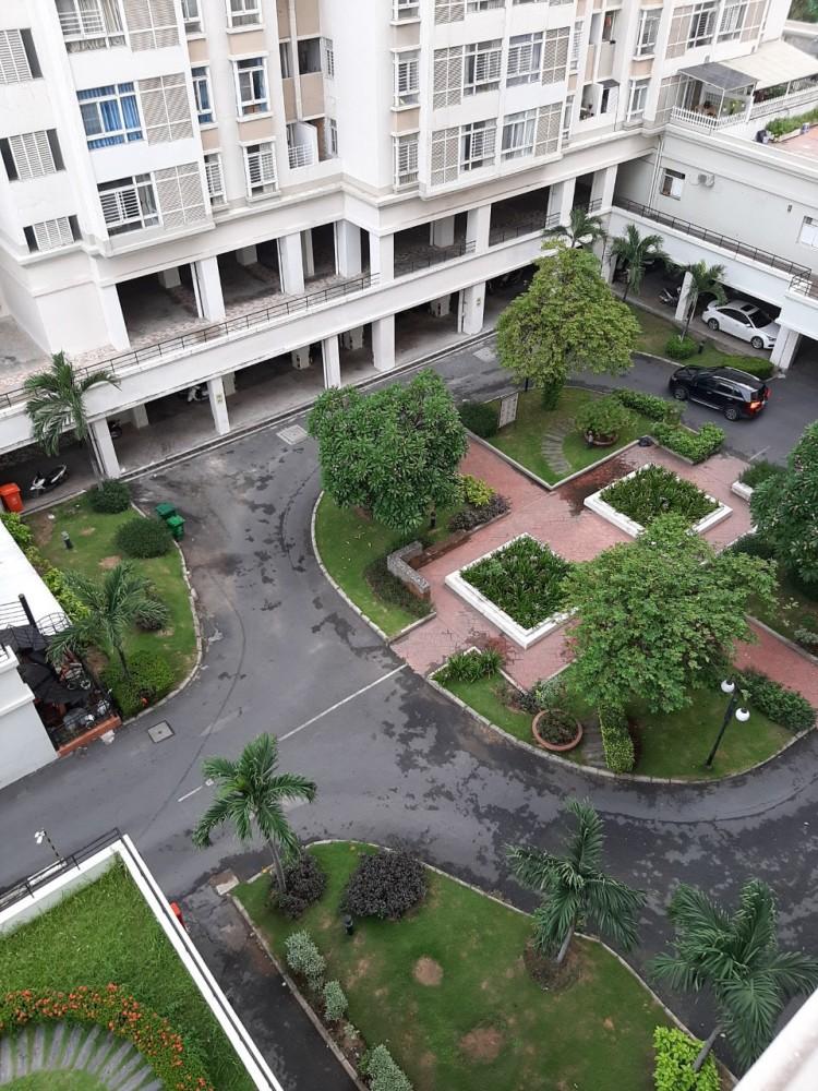 Ban Can Ho Sky Garden 3 56m2 2pn 2 Ty 300 Trieu