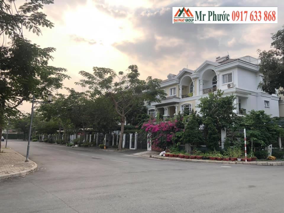 Ban Biet Thu Lien Ke My Phu 3 Phu My Hung Quan 7 Gia Ban 215. Lh : 0917633868