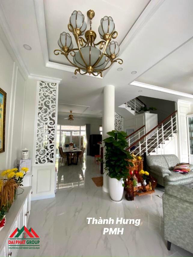 Sieu Pham Biet Thu My Thai Pmh Nha Dep 21.9 Tỷ