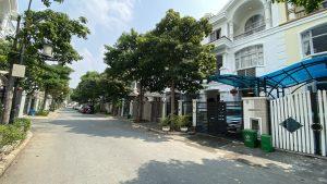 Ban Biet Thu Lien Ke Nam Vien Kdt Phu My Hung Dt 7x18m Nha Dep