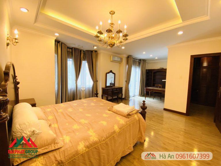 Biet Thu Nam Do Cong Vien Lon Phu My Hung Gia Tot 35 Ty