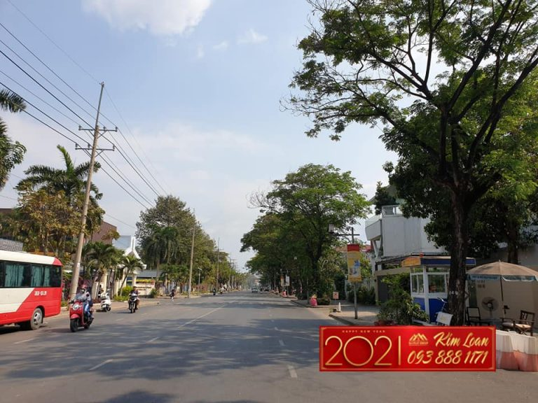 Hang Khung Gio Chot Ban Lo Dat Biet Thu Goc Nam Do Doc Nhat Vo Nhi