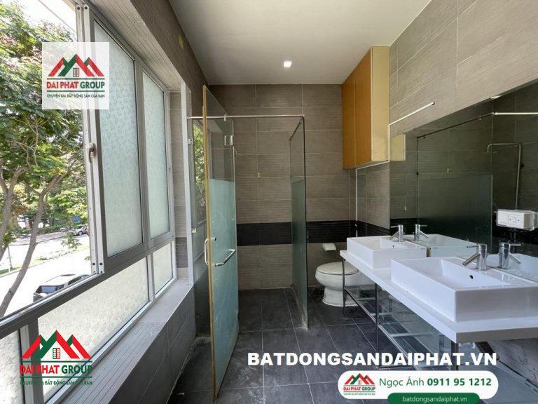 Ban Nhanh Biet Thu Don Lap Phu Gia 317m2 Gia 60 Ty