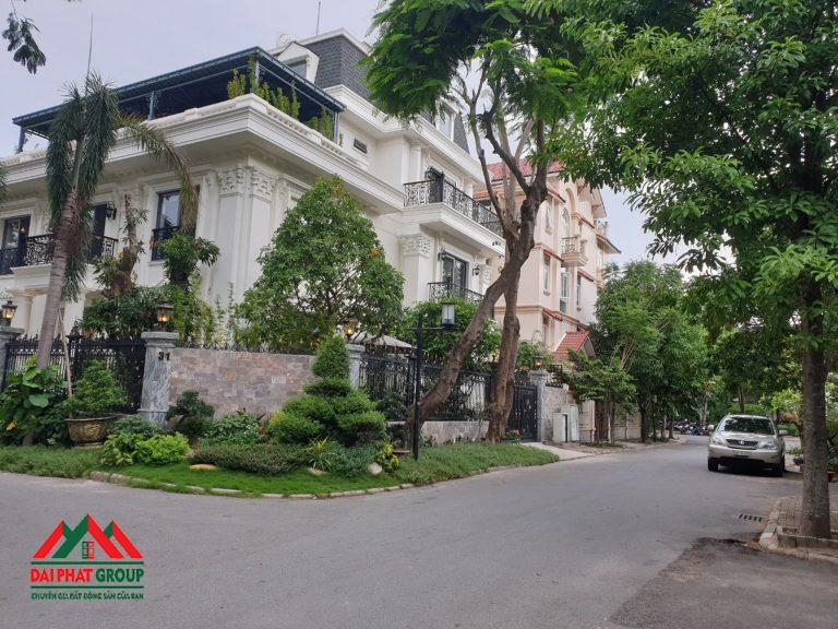 Nam Thong 3 Biet Thu Don Lap Can Goc Thiet Ke Cuc Dep 75 Ty
